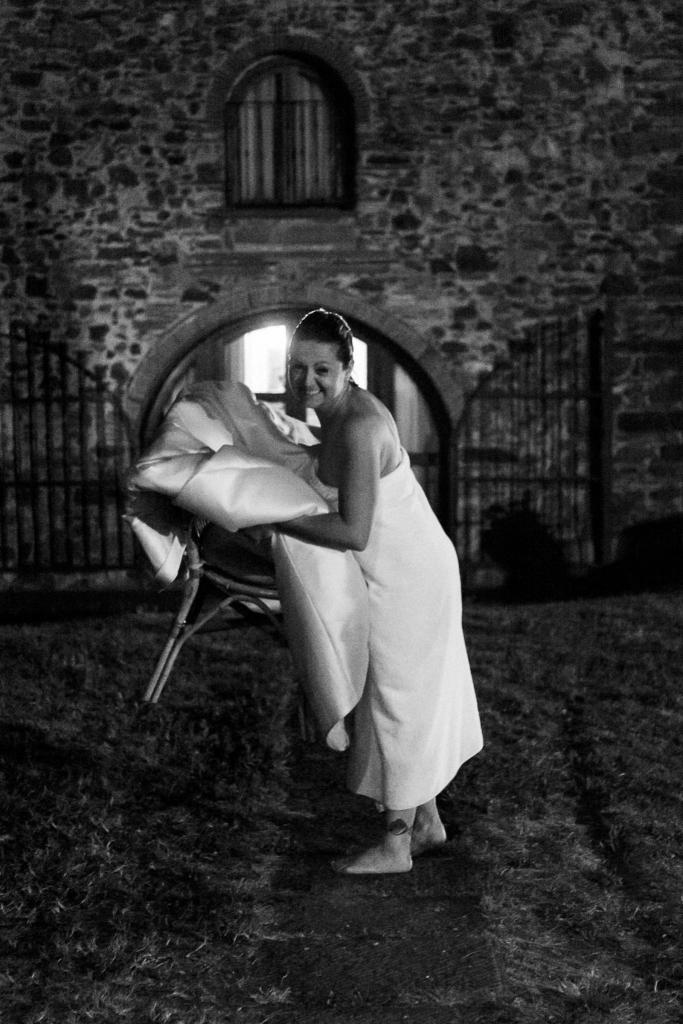 sposa dopo piscina